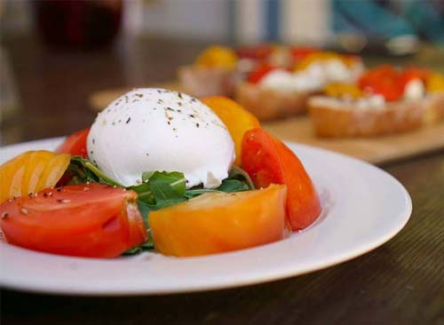 Burratta Cheese With Heirloom Tomatoes