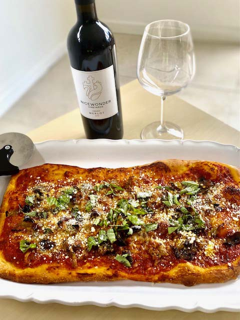Pizza With Sausage & Fennel Sauce
