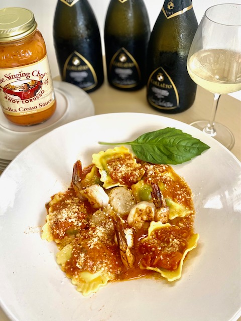 Spinach & Ricotta Raviolli With Seared Diver Scallops & Fresh Shrimp In Vodka Cream Sauce